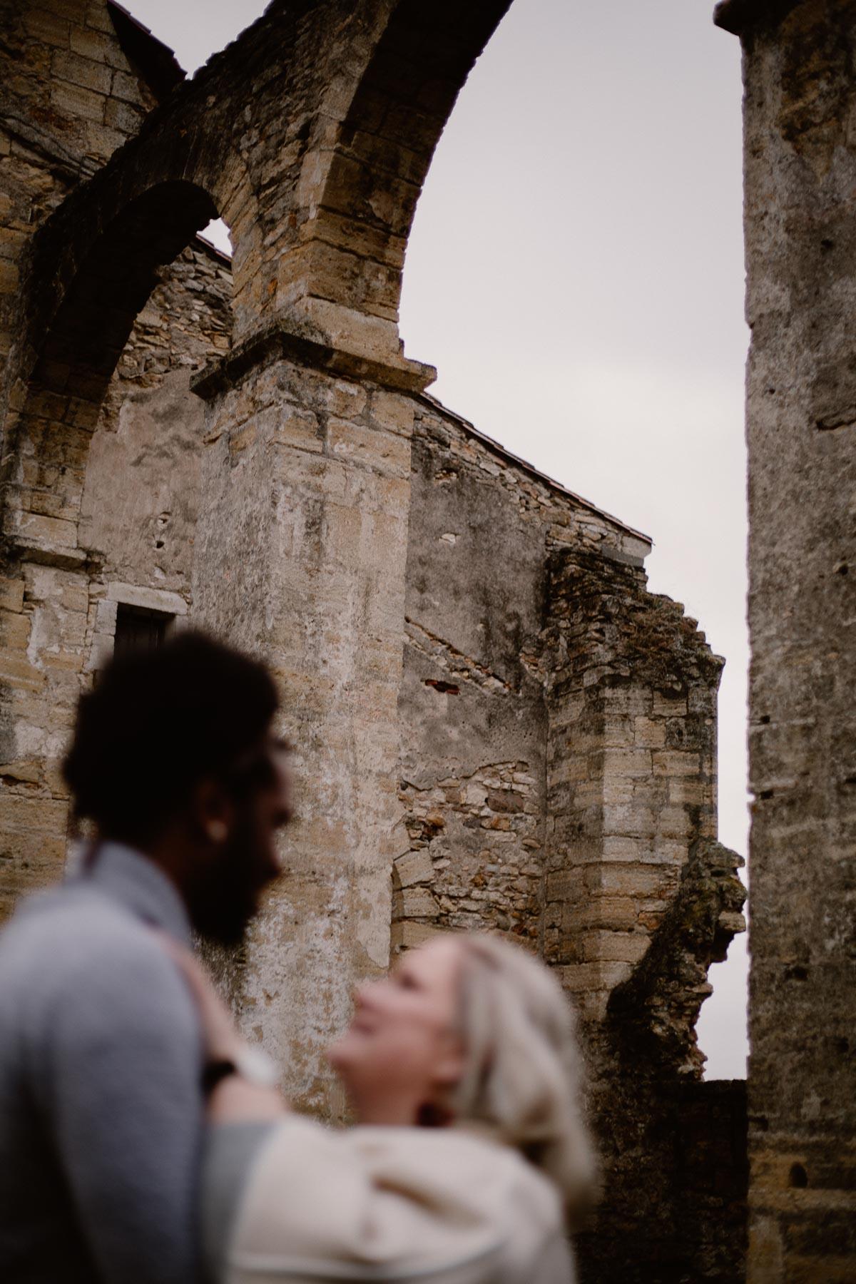 Photo de couple auvergne puy-de-dome ruine