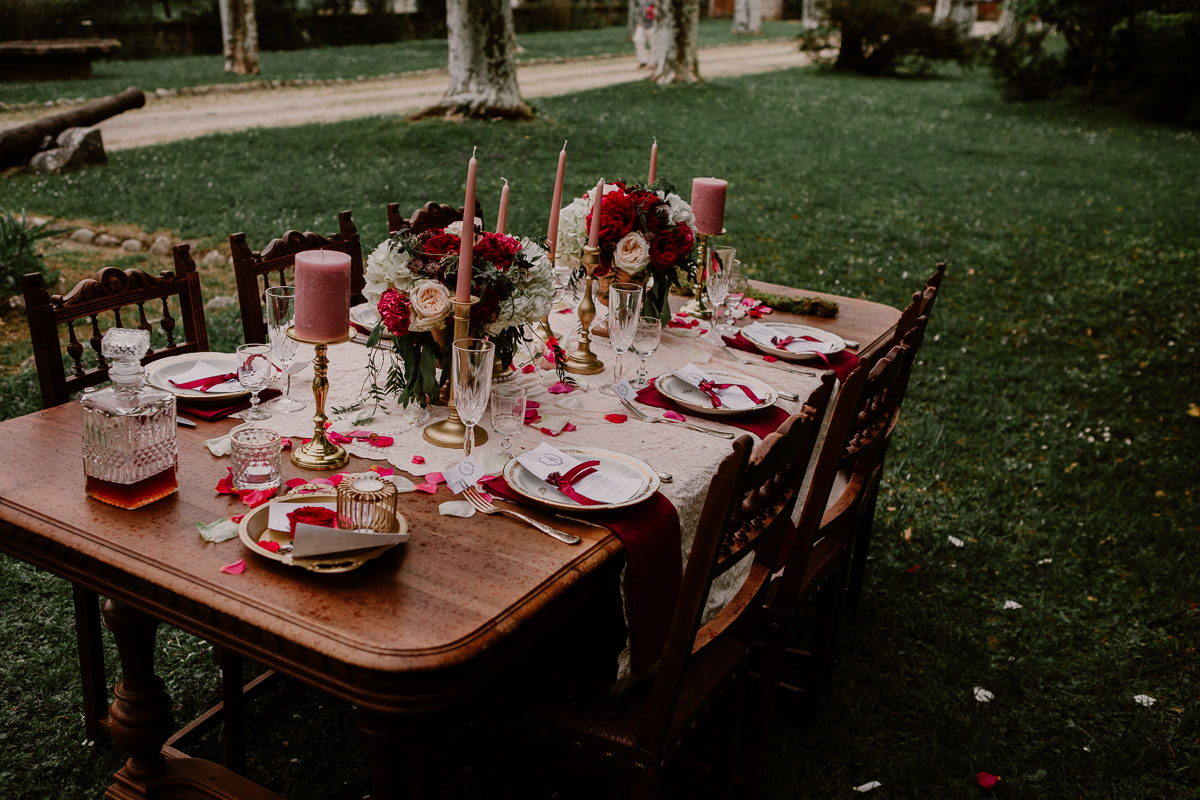 mariage au chateau près d'annecy table