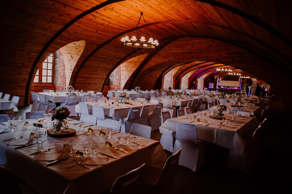 Mariage champêtre au chateau de Chazeron Auvergne reception