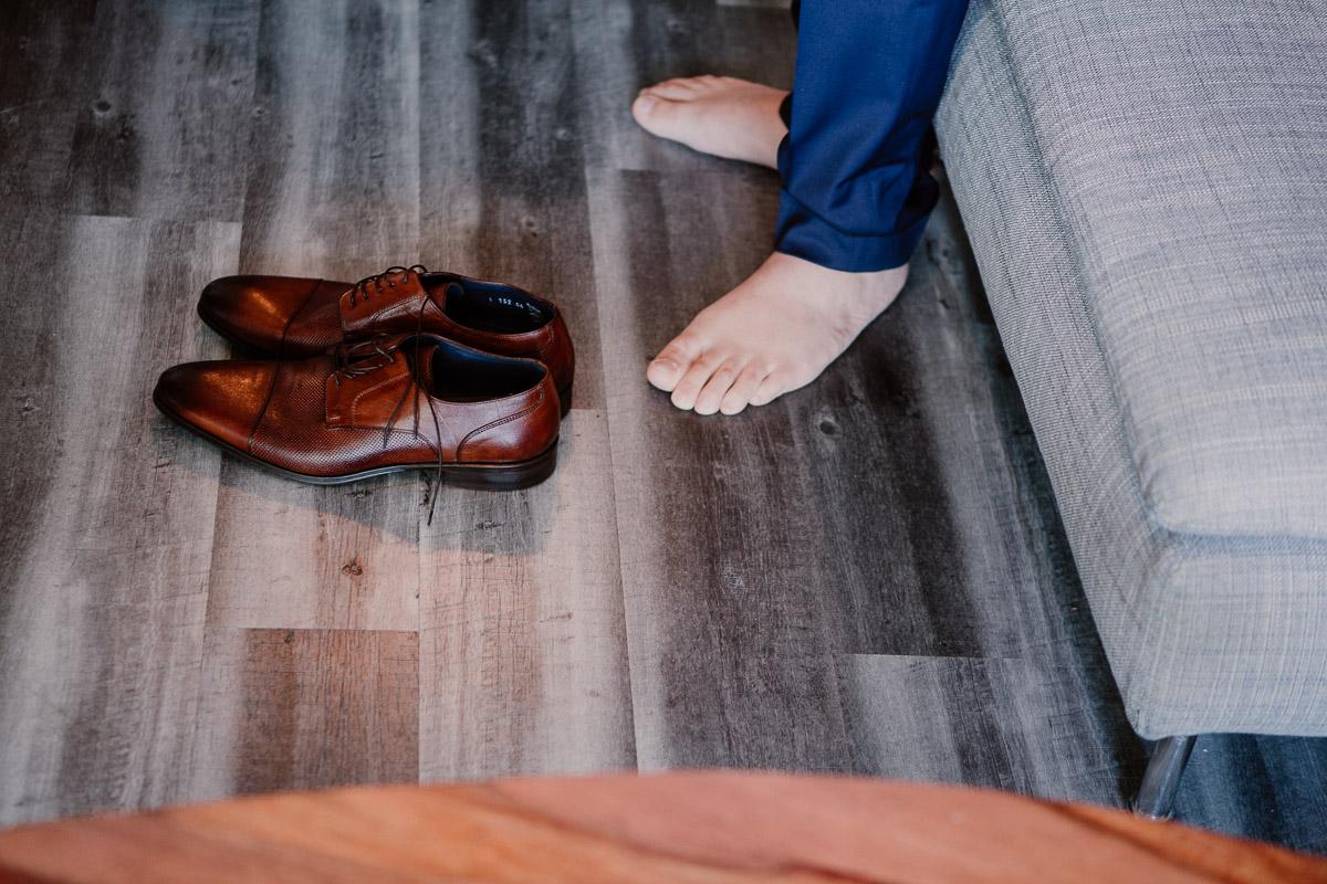 mariage au domaine de la médicée annecy chaussures