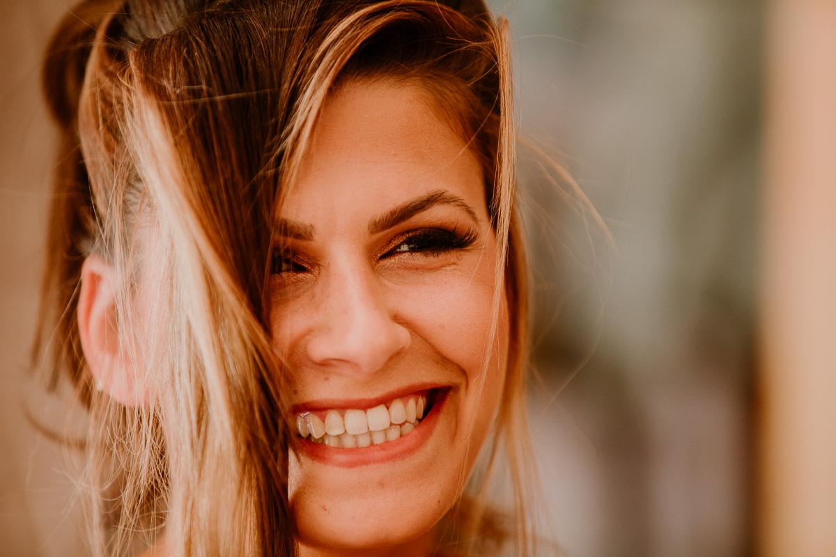 mariage au domaine de la médicée annecy sourire