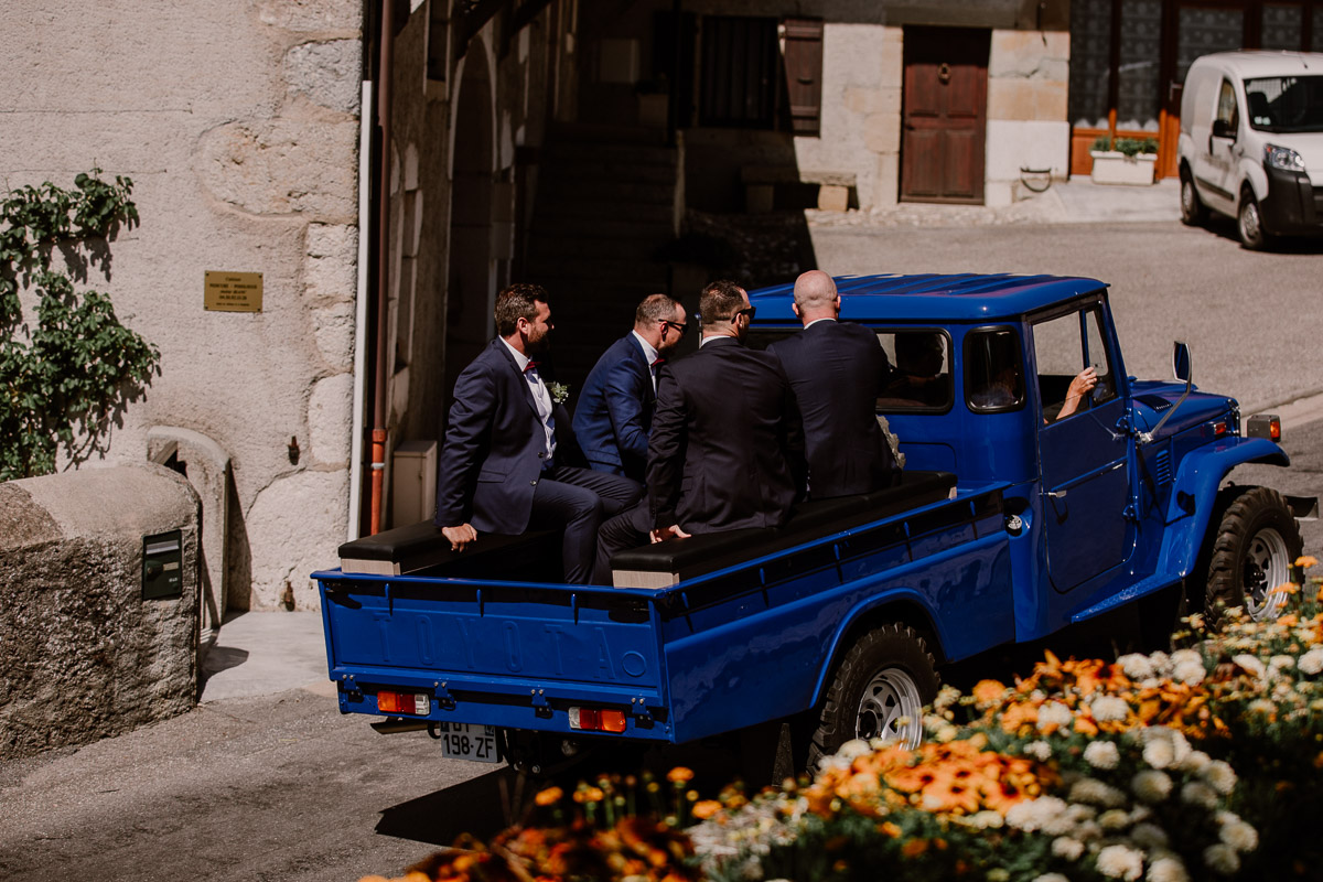 mariage au domaine de la médicée annecy jeep
