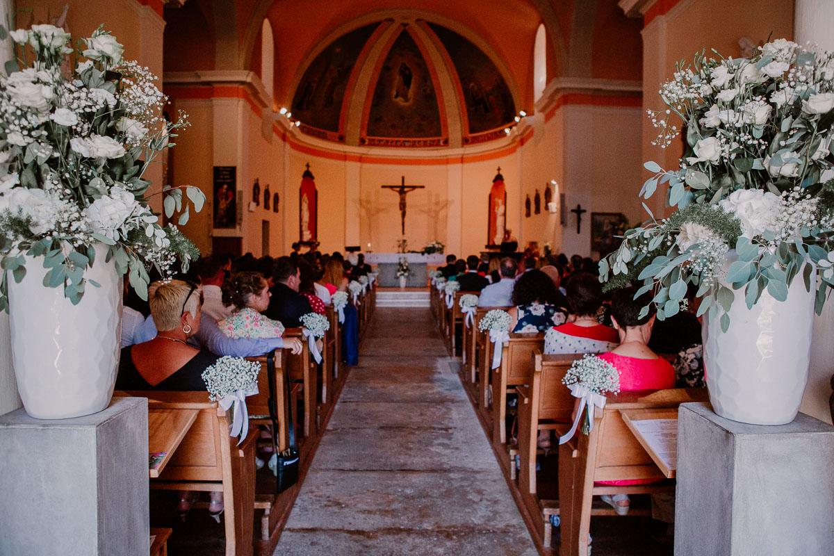 mariage au domaine de la médicée annecy église