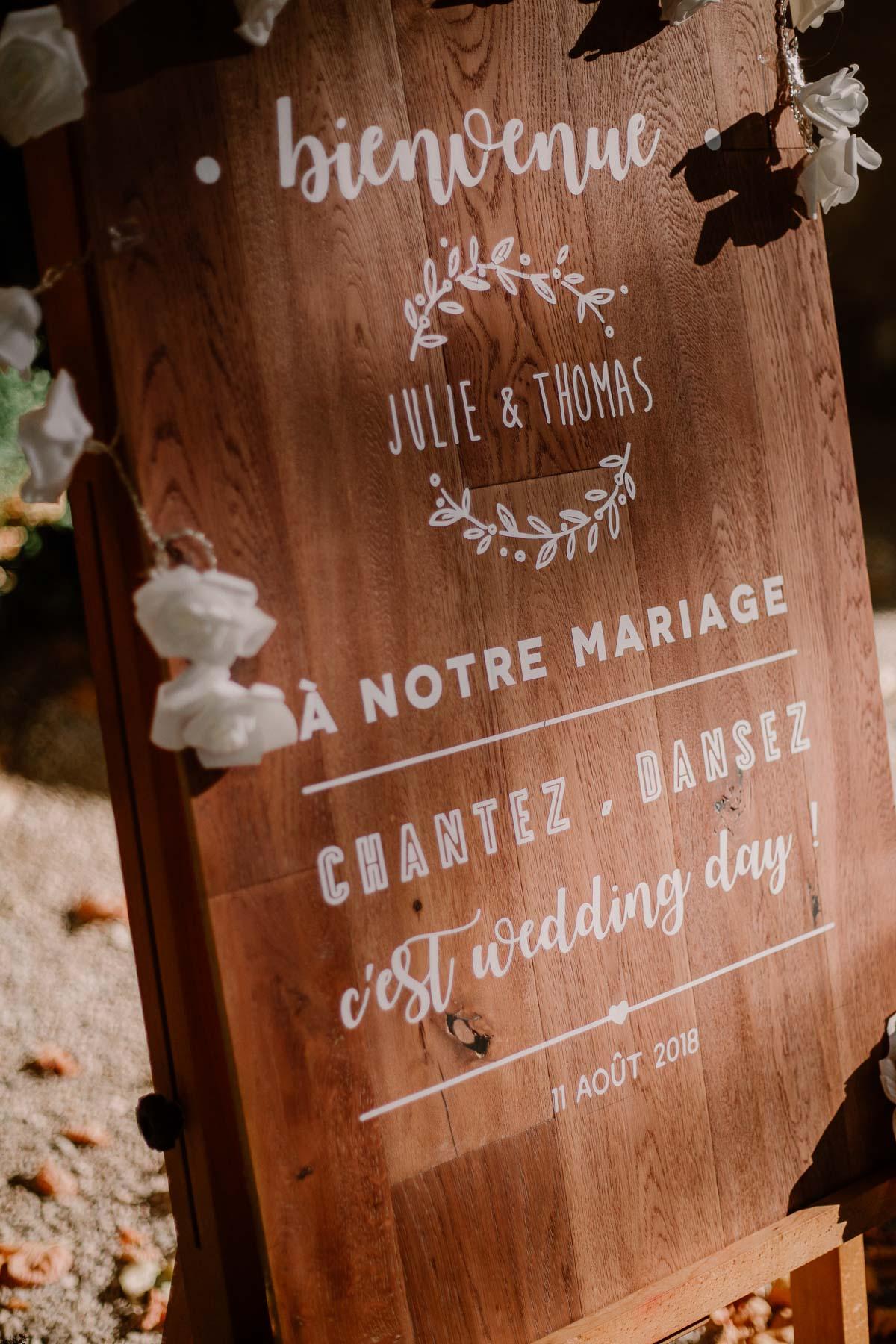 mariage au domaine de la médicée annecy panneau