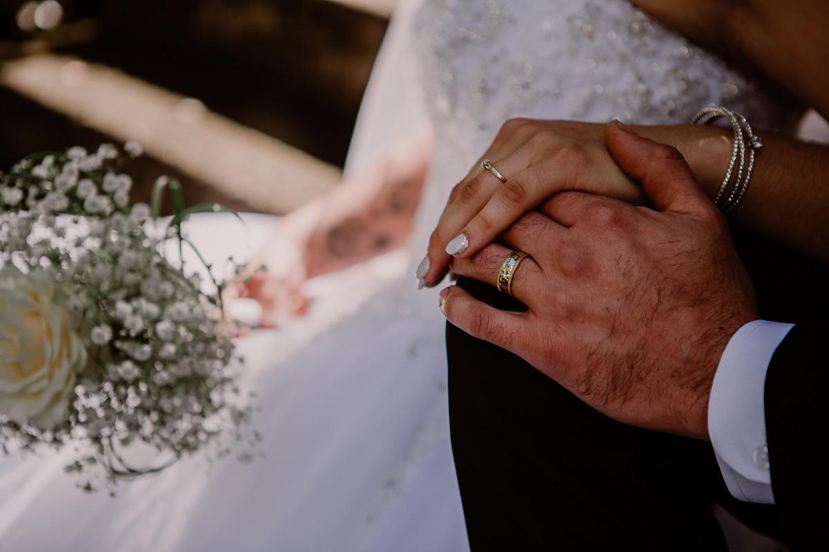 mariage intime au québec en automne alliances