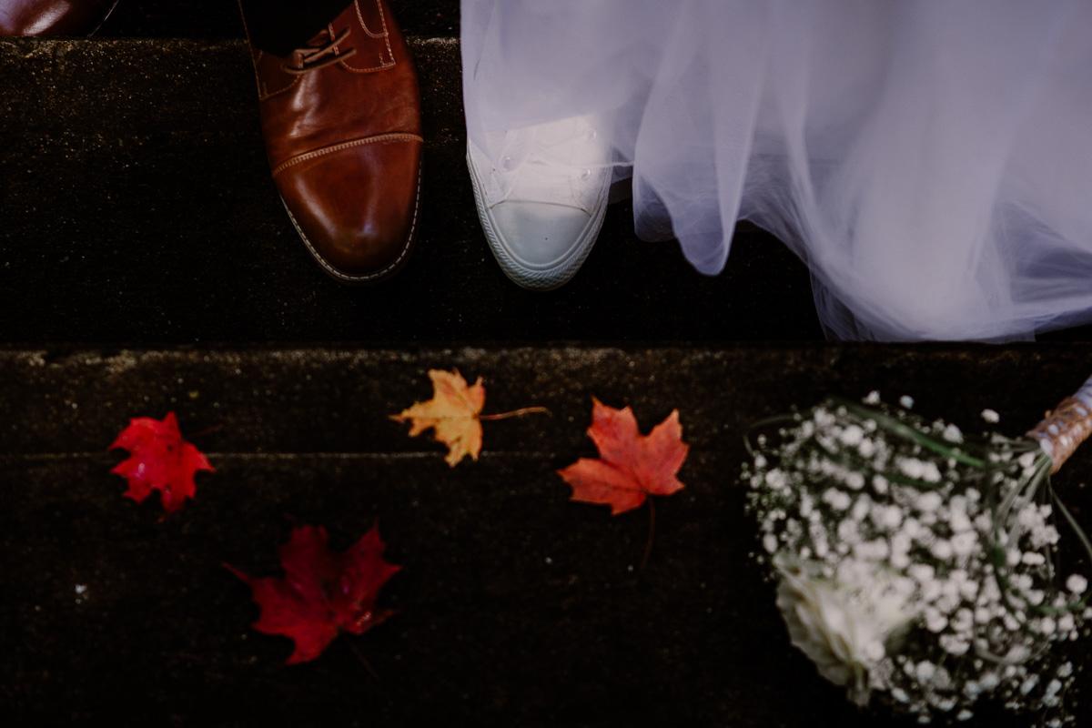 mariage intime au québec en automne erable