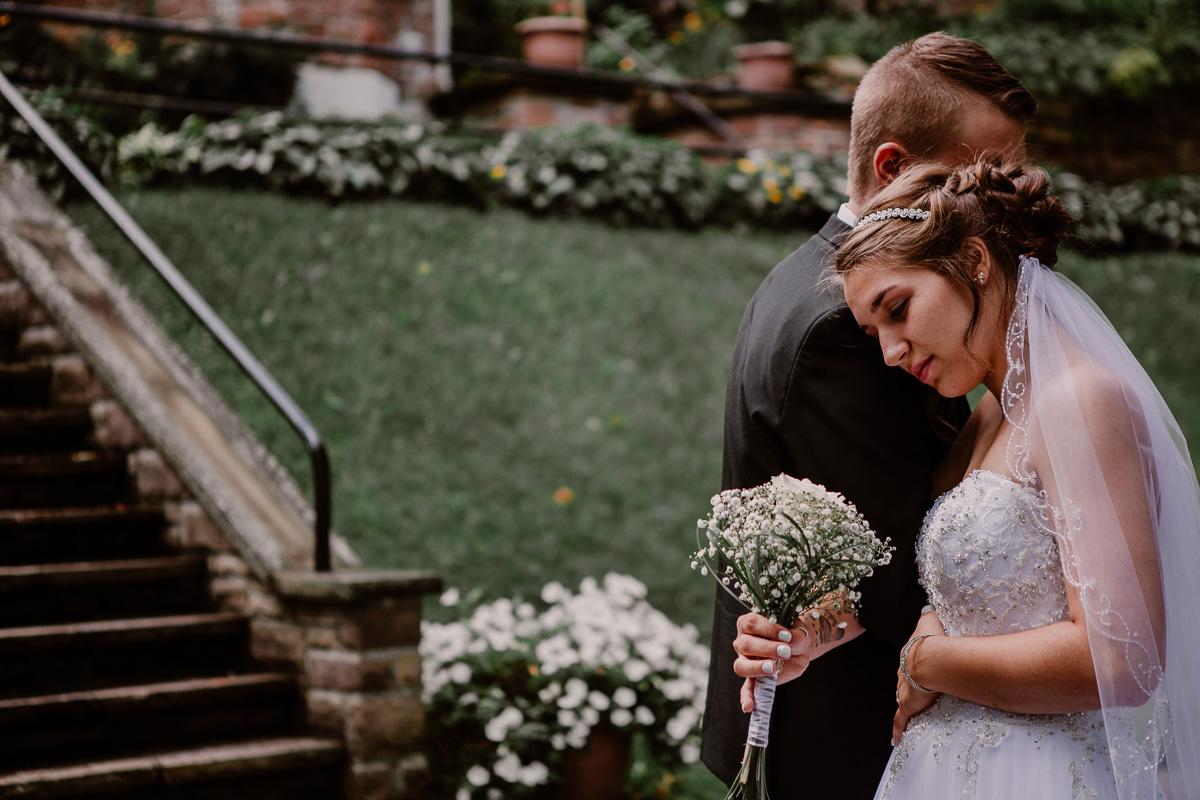 mariage intime au québec en automne proche