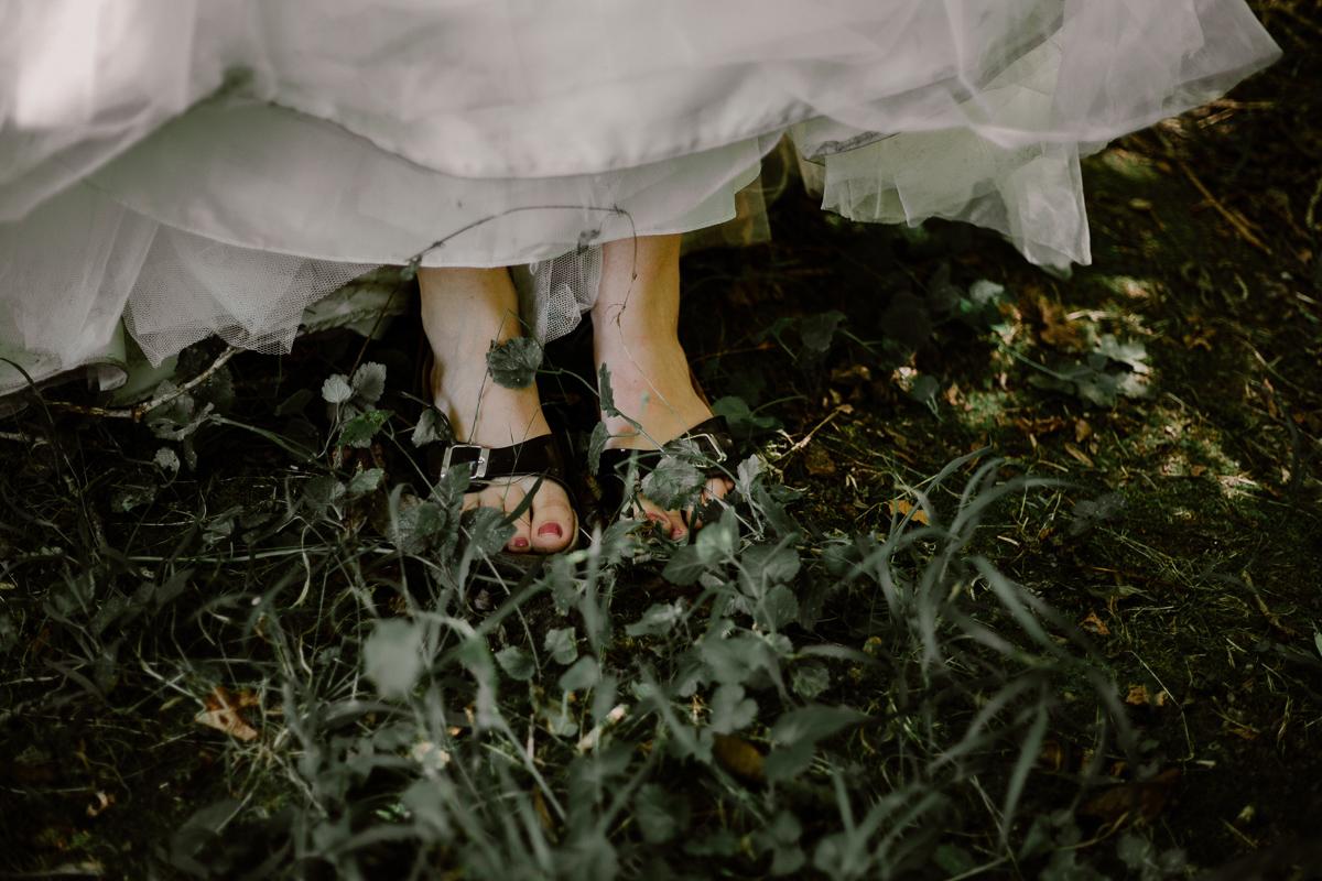 Trash the dress au lac du bourget près d'annecy claquette