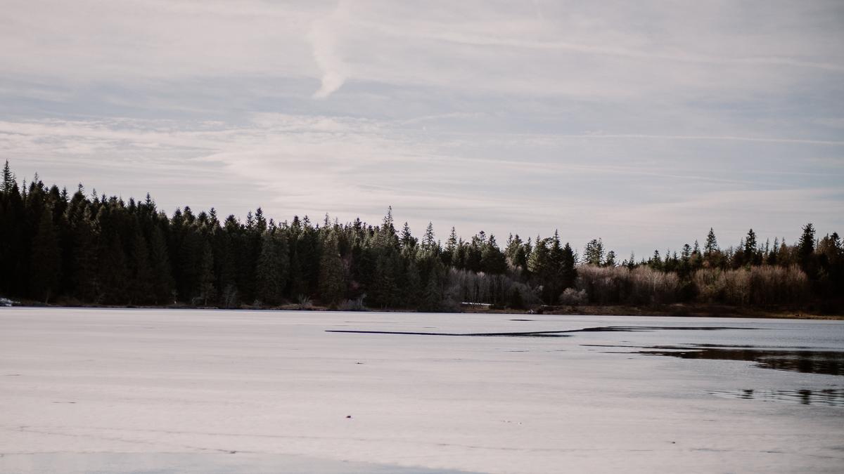 Séance de couple lesbienne lac servière gelé