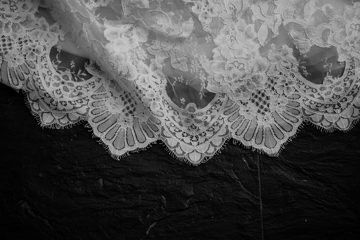 Photographe de mariage chateau boisrigaud usson auvergne dentelle