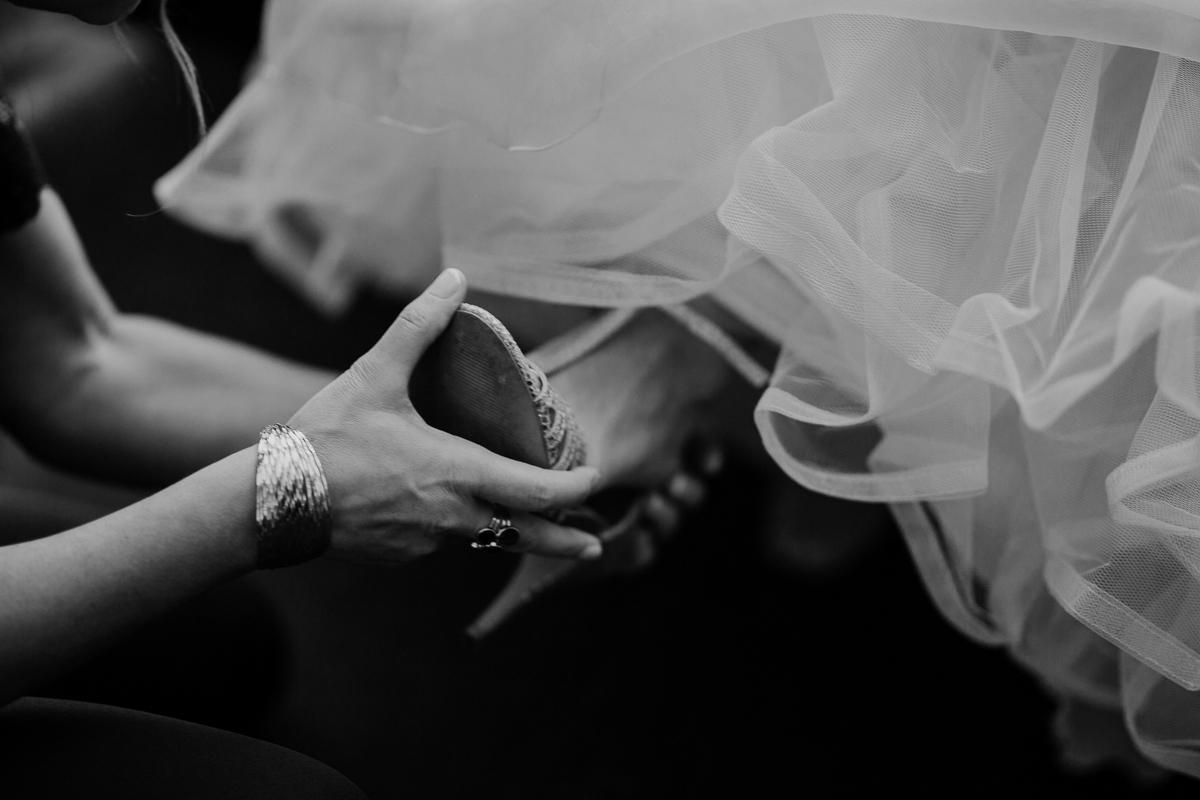 Photographe de mariage chateau boisrigaud usson auvergne talons