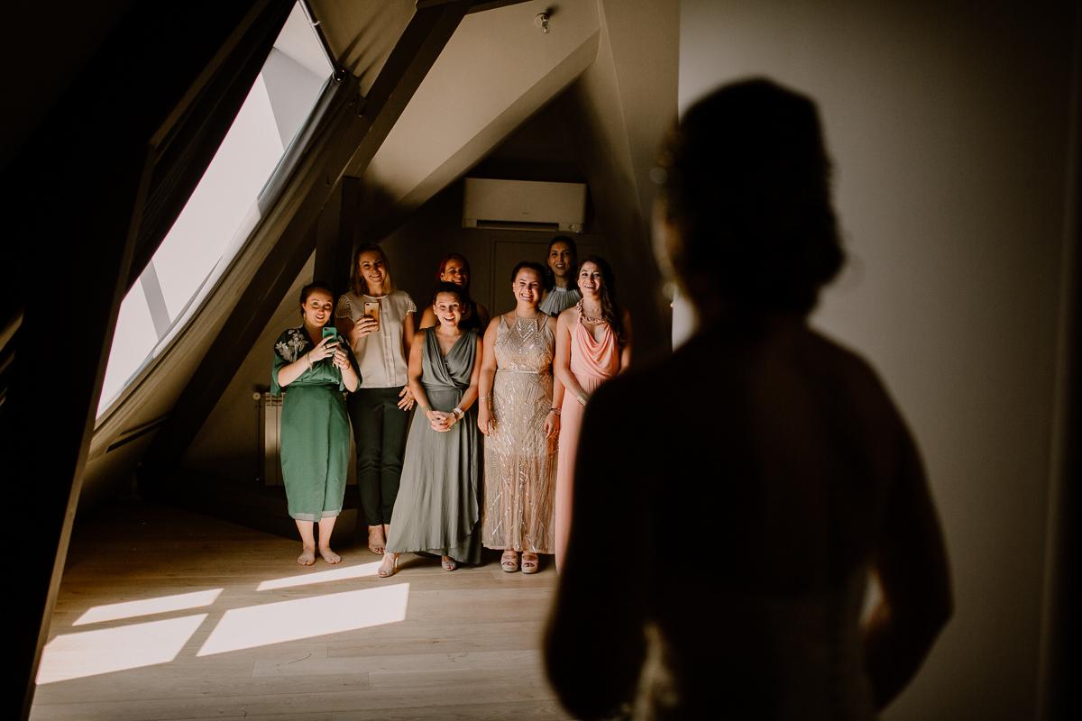 Photographe de mariage chateau boisrigaud usson auvergne découverte de la mariée