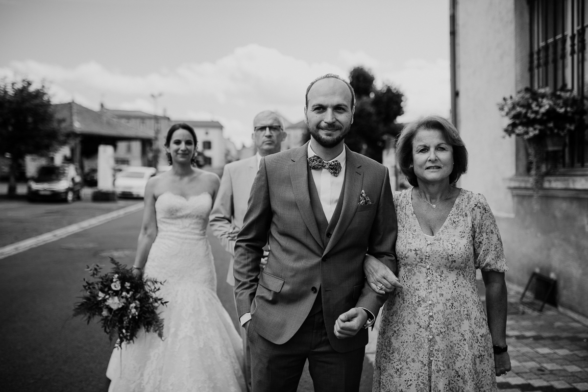 Photographe de mariage chateau boisrigaud usson auvergne maman
