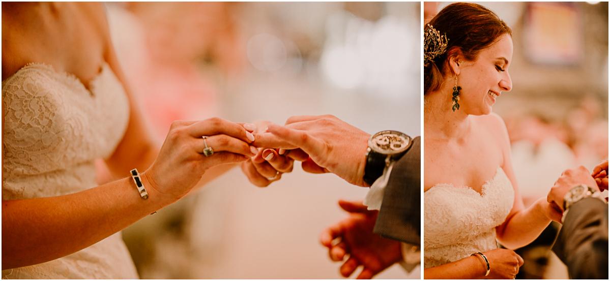 Photographe de mariage chateau boisrigaud usson auvergne échange d'alliance