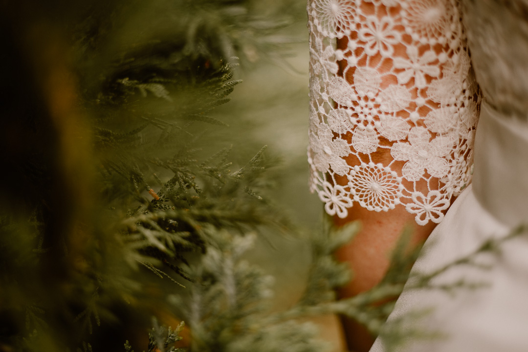 photographe mariage auvergne robe dentelle